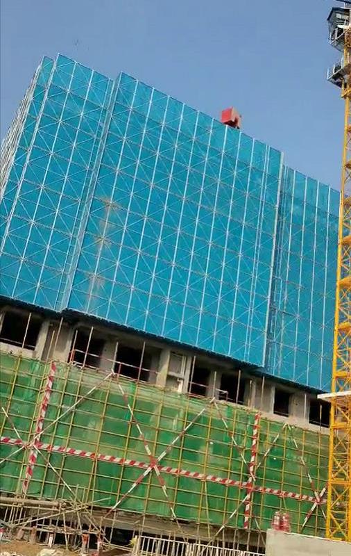 建筑外墙爬架防护网外层颜色的重要性