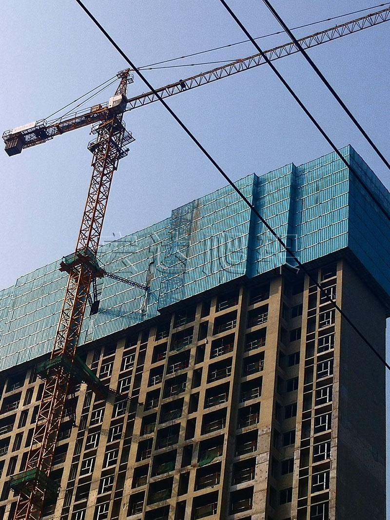 建筑爬架网片的高空发展优势明显