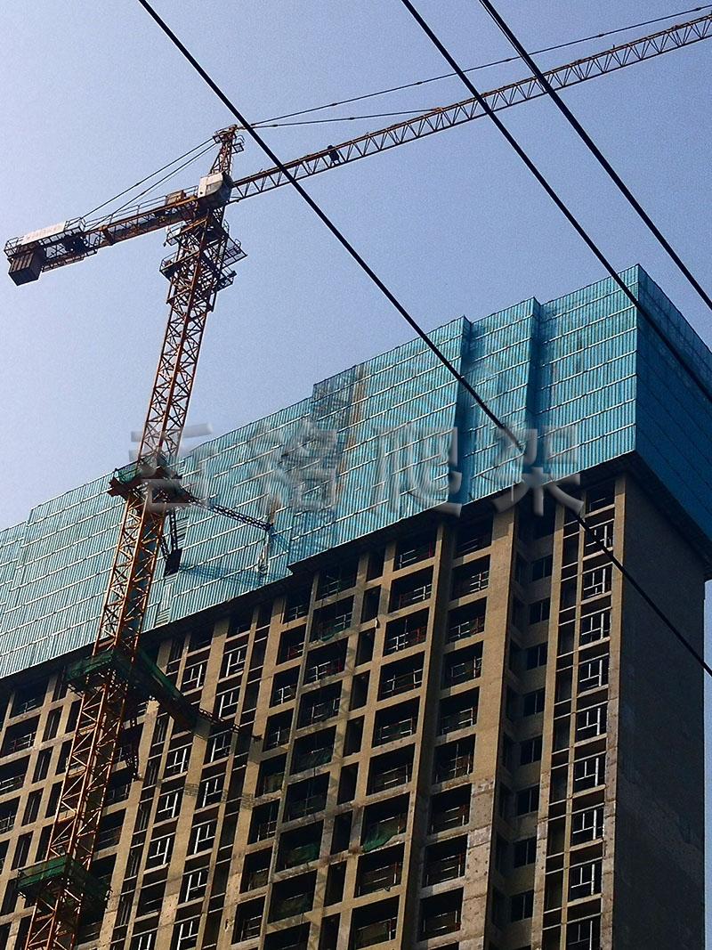怎样安装建筑爬架网片